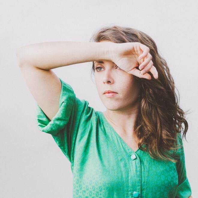 Alycia Lang - Projector