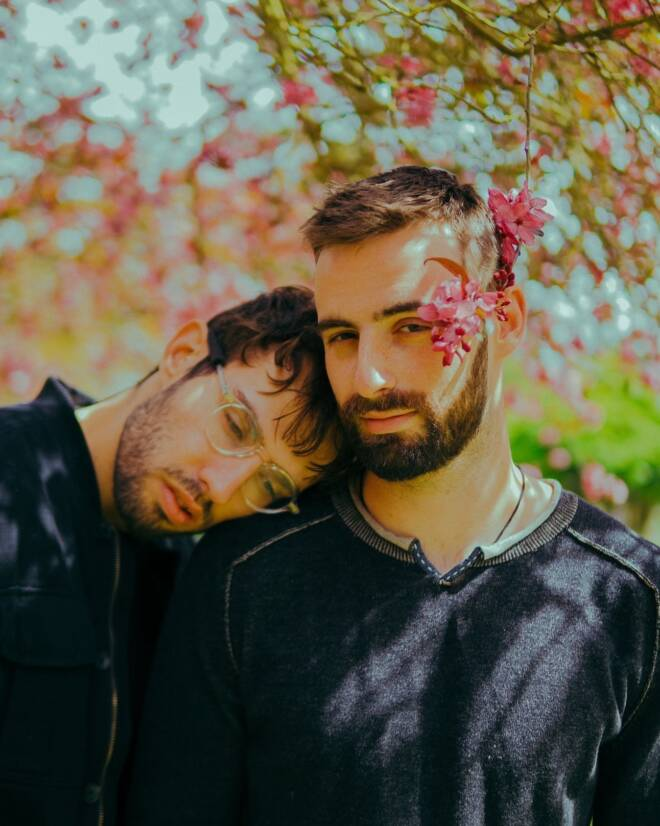slenderbodies - away from you